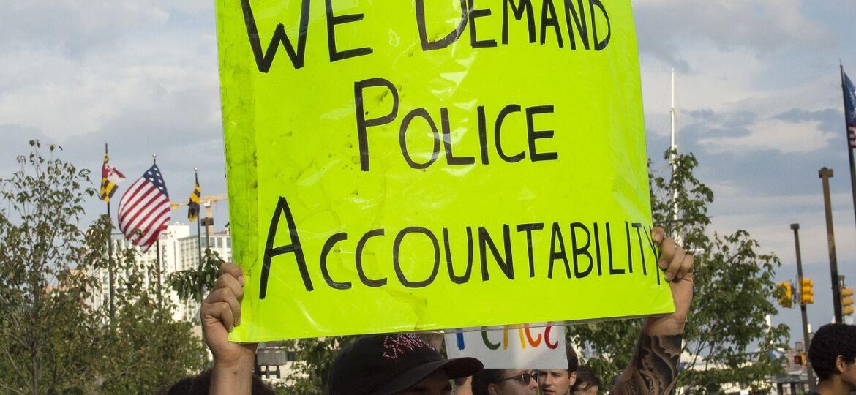 police-1567049_1280