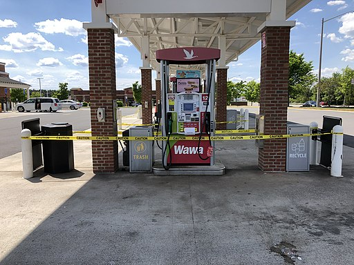 out-of-service_gas_pumps_Fairfax_County,_Virginia